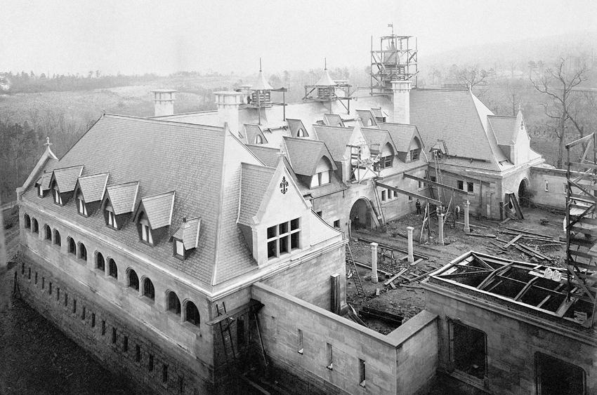Biltmore history biltmore for How much does it cost to build a carriage house