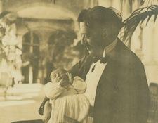 1900 George holds baby Cornelia Vanderbilt