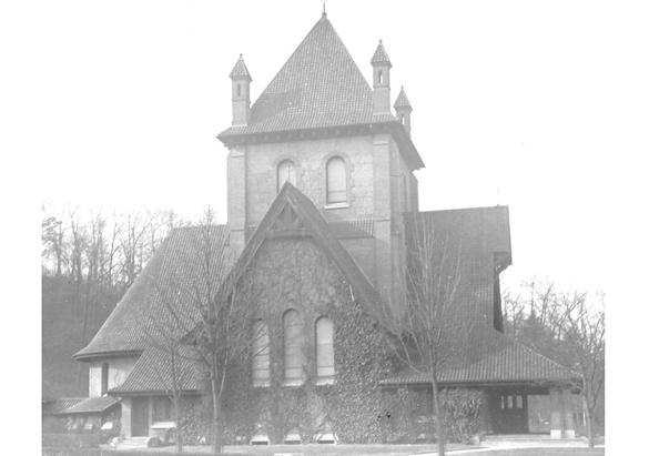 Photograph of All Souls' Church from George Vanderbilt's collection, ca. 1906