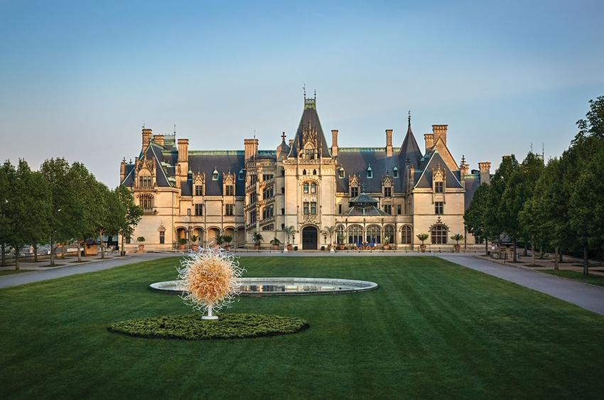 Chihuly-daytime-biltmore-850x563
