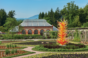 Thumbbiltmore 201805 chihuly3