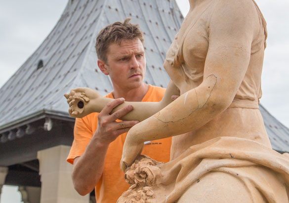 Asheville artist working on statue of Flora at Biltmore