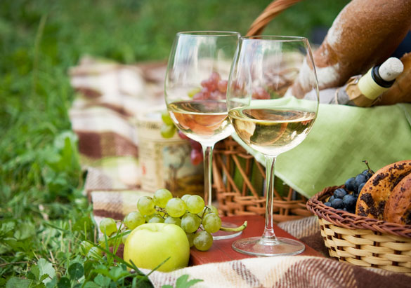 Glasses of Biltmore white wine with picnic