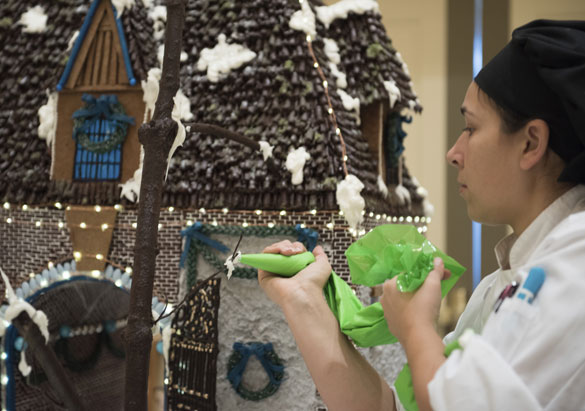 Decorating gingerbread at The Inn on Biltmore Estate