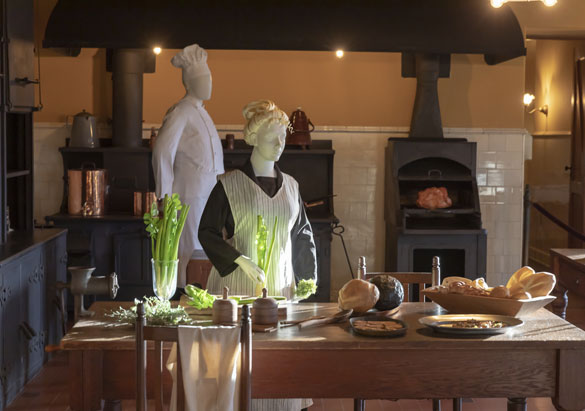 Mannequins of chef and assistant in Main Kitchen of Biltmore House