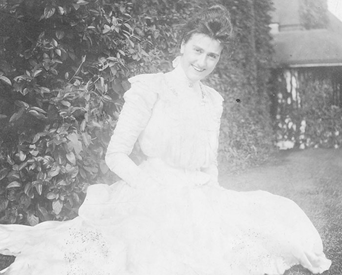 A birthday for edith vanderbilt biltmore for Is biltmore estate haunted