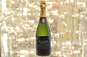 Chateau Reserve Blanc de Blancs with background of bubbles