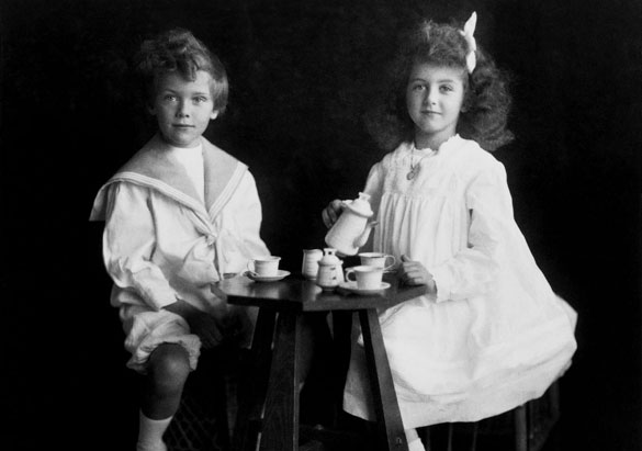Cornelia Vanderbilt and her cousin John Nicholas Brown in 1905