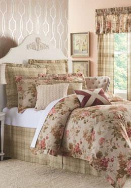 Rosalee Comforter Set