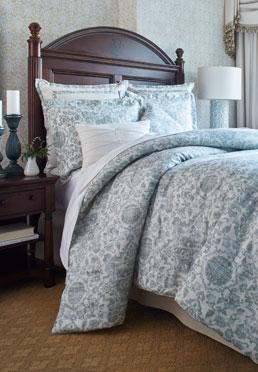 Azzurro Comforter Set