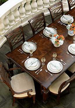 Louis Dining Table Biltmore